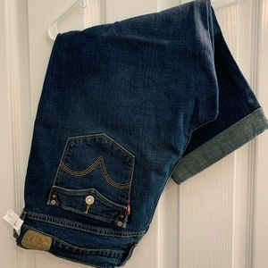 Levi's Capris with rolled cuff